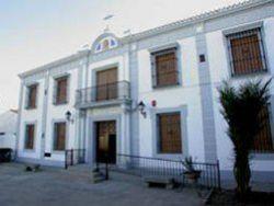 burguillo-del-cerro-residencia-nuestra-sec3b1ora-del-amparo-laresextremadura